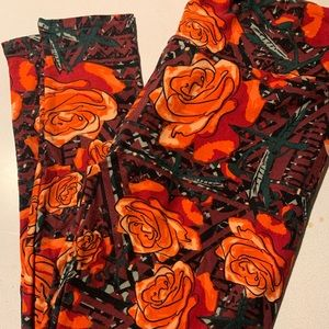 New Lularoe OS leggings floral roses